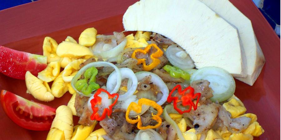 Ackee-_-Saltfish-Jamaicas-National-Dish_Interior