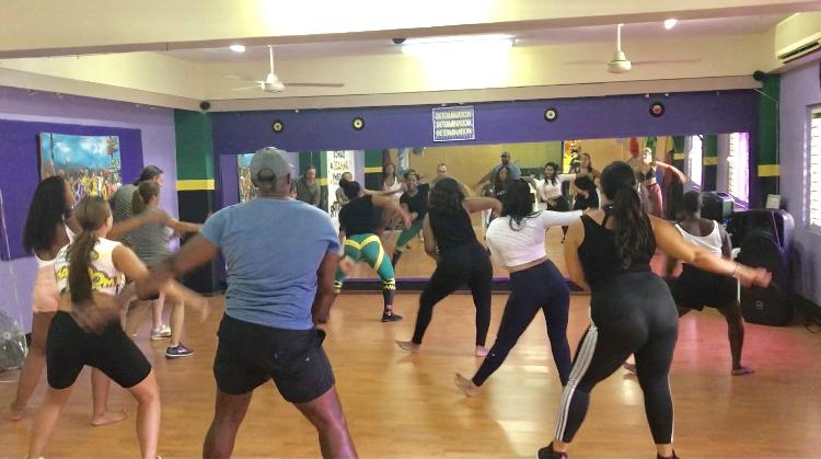 Dancehall-Reggae-Dance-Classes